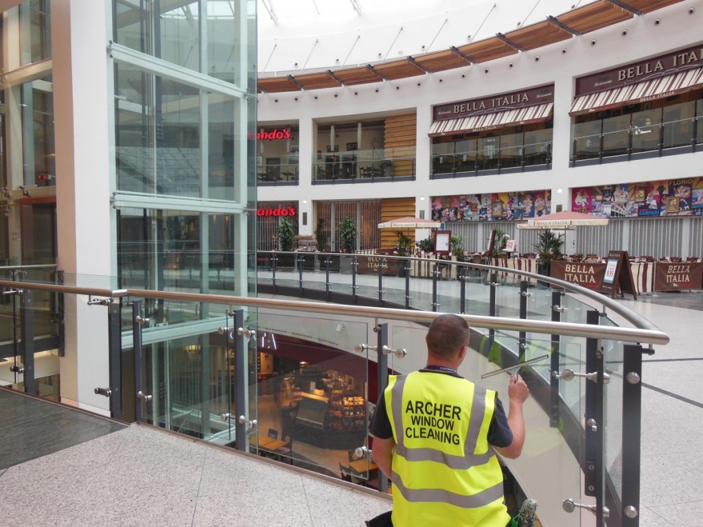 Commercial Window Cleaning in Manchester Arndale