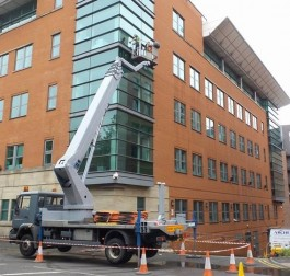 Window Cleaning using hydraulic platform
